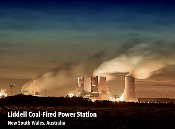 Photo of Liddell Coal-Fired Power Station spewing Climate-damaging carbon gas into the atmosphere.